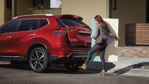 2020 nissan rogue hands-free access